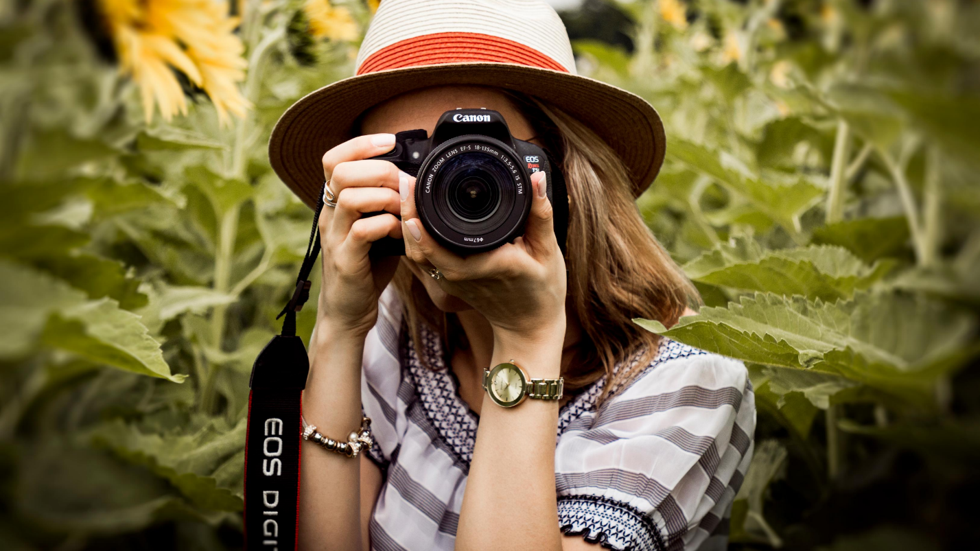 Are You a Photographer in the MENA Region? Sign Up as a Freelancer and Get Paid for Your Service